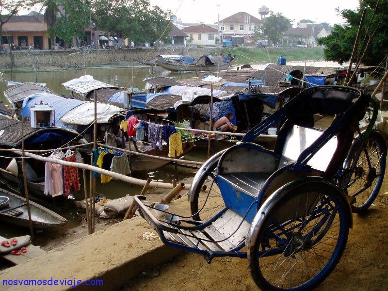 Casas barcas en Hue