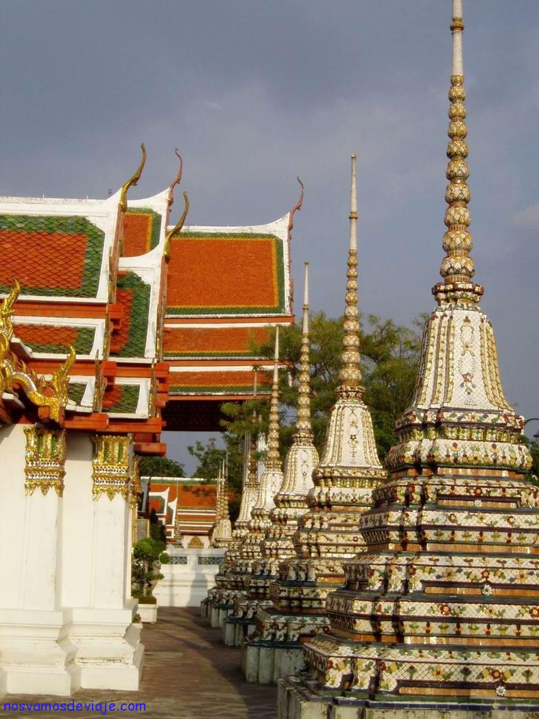 Estupas-en-Wat-Pho