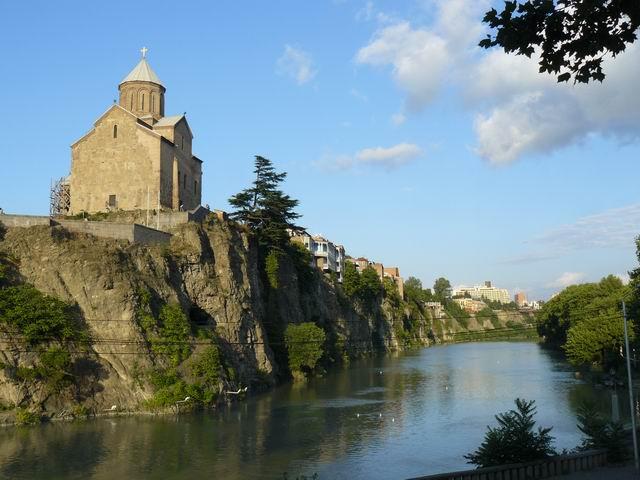 Rio Kura en Tiflis