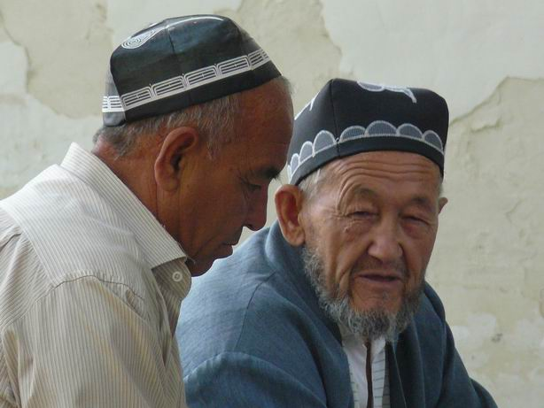 Charlando en la mezquita