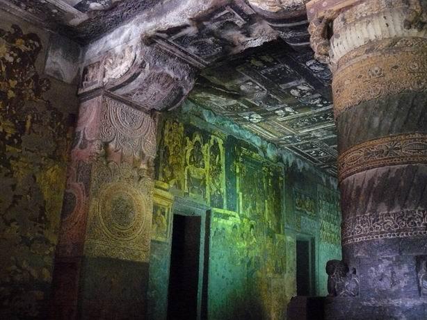 Cueva 2 de Ajanta