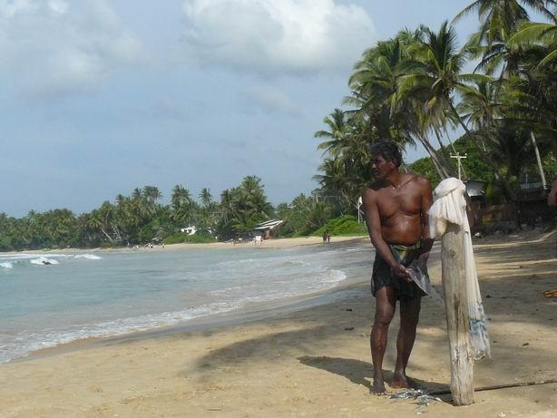 Soltando la pesca en Mirissa