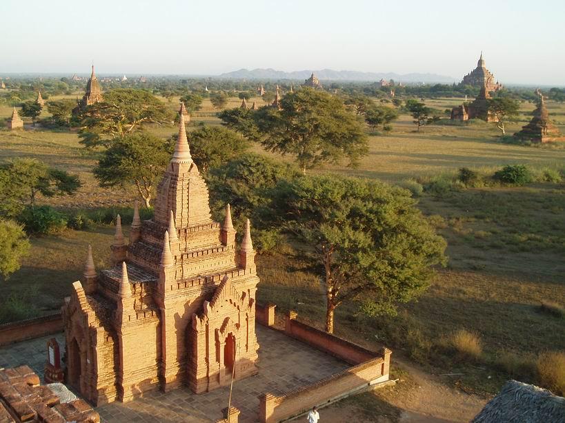 Vista de Bagan desde alguna Pagoda