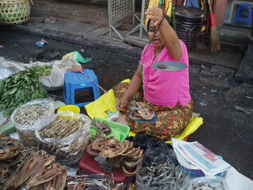 Mercado en Yangon