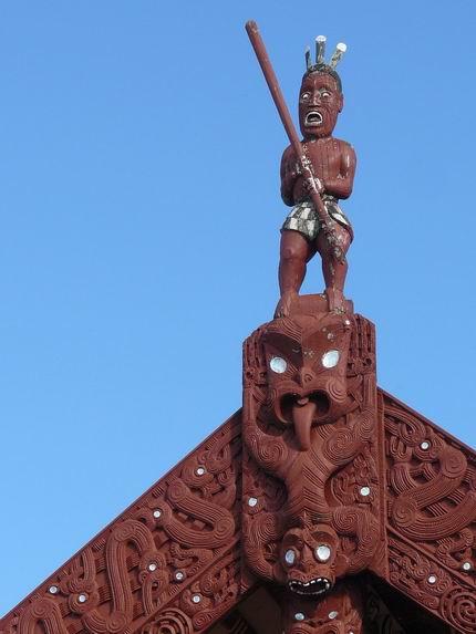 Escultura de Marae en Rotorua