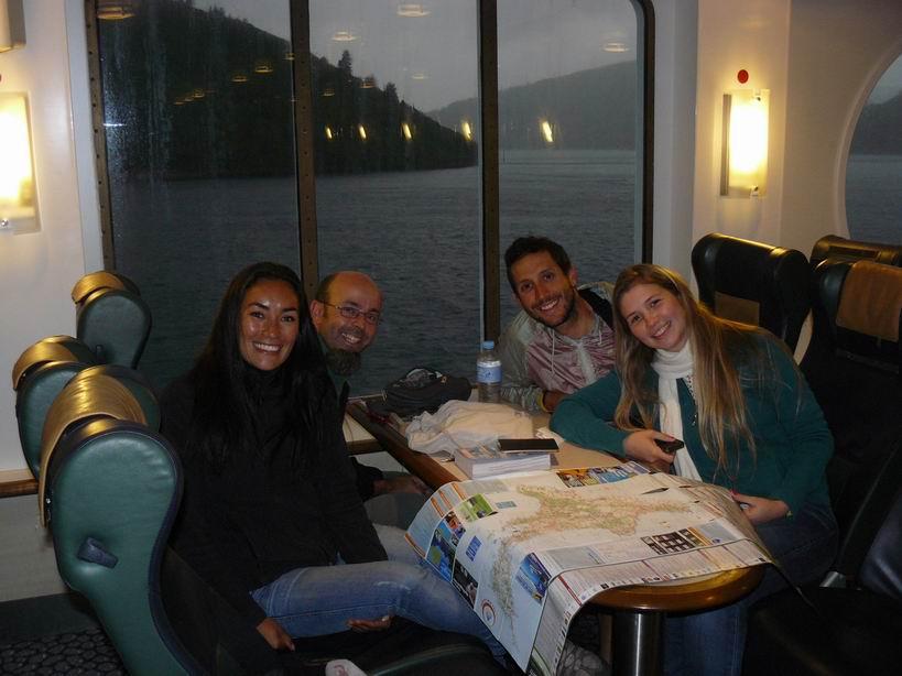 Ferry a Isla Norte con Lina y Alejandro