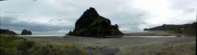Panorama de Piha Beach