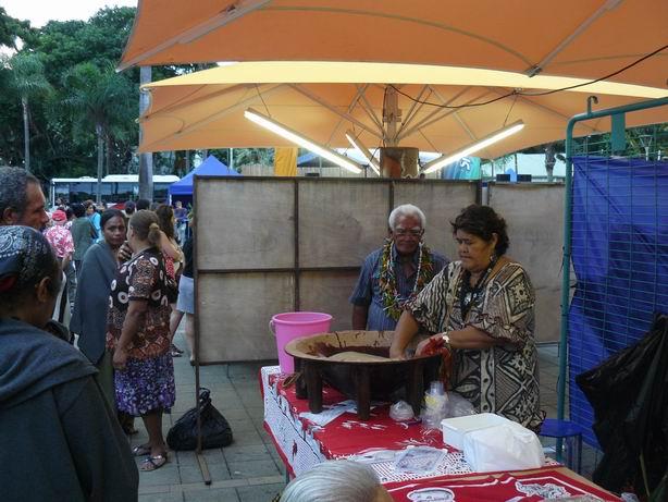 Preparando kava a la moda de Wallis y Futuna