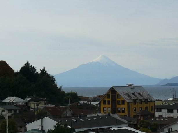 Puerto Varas y volcan Osorno