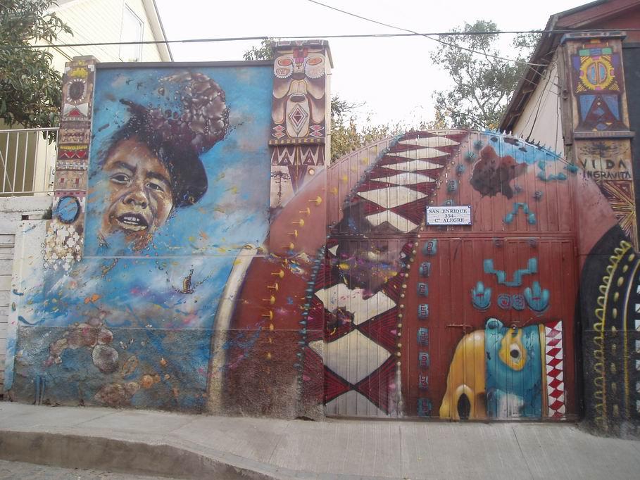 Grafitti en casa de Valparaiso