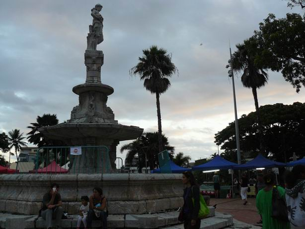 plaza de Noumea