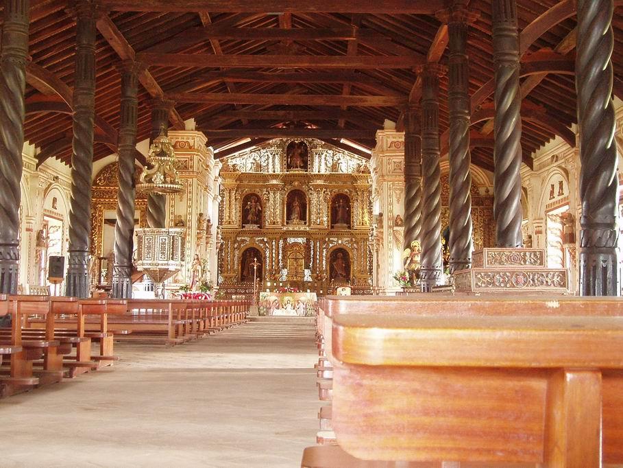 Interior de la iglesia de San Rafael