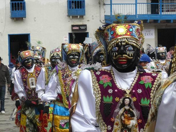 Danzantes de Paucartambo