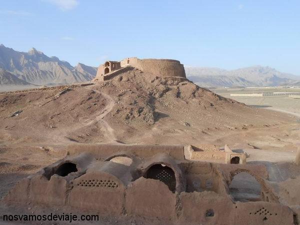 Torre del Silencio, Yazd