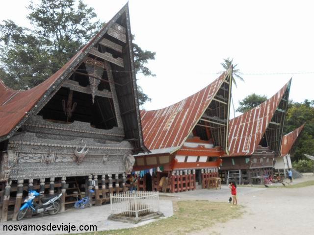 Casas tradicionales Batak, Lago Toba
