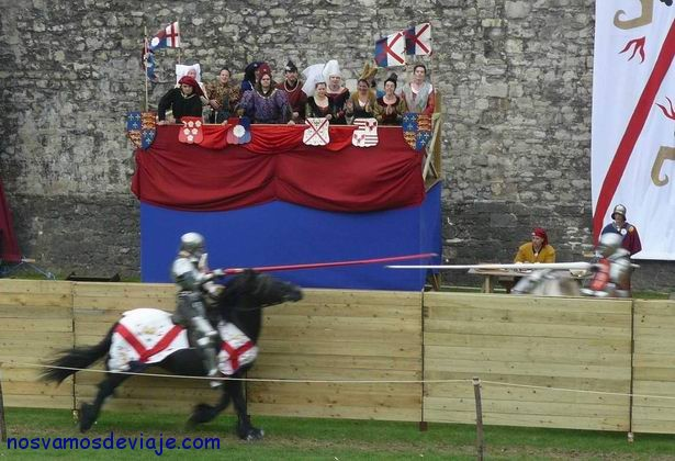 Torneo medieval en la torre de Londres