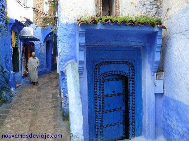 Puertas azules tipicas de Chaouen