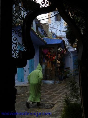 escena callejera de Chaouen