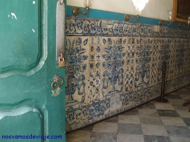 azulejos en los patios antiguos