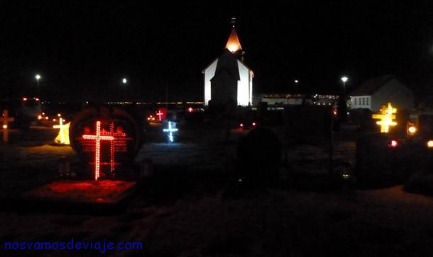 Luces en cementerios