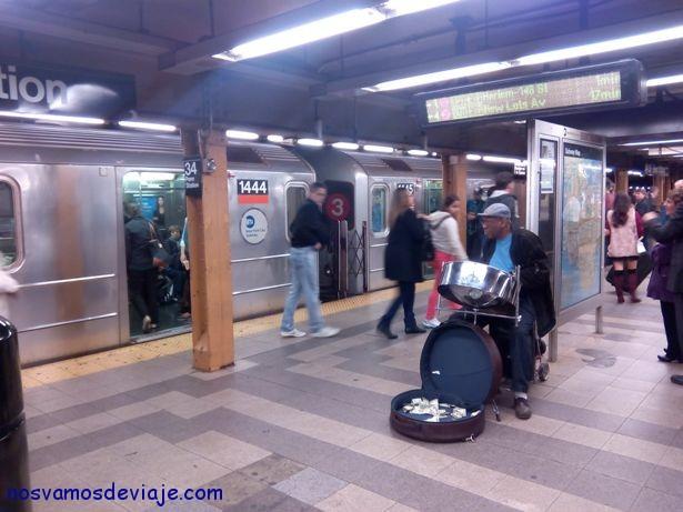 Musico en el metro de NY