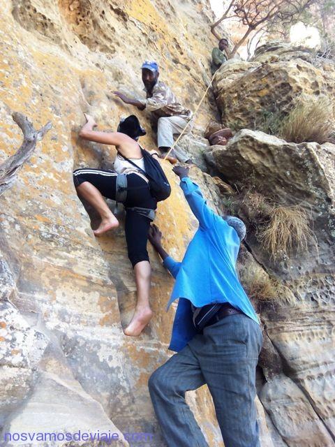 Escalando Abuna Yemata