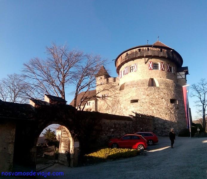 Entrada castillo vaduz