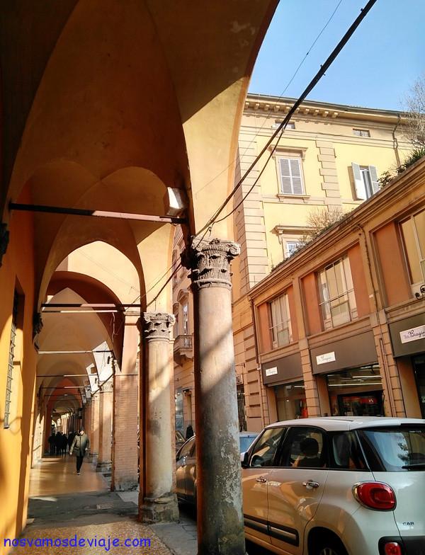 Portici en Bolonia
