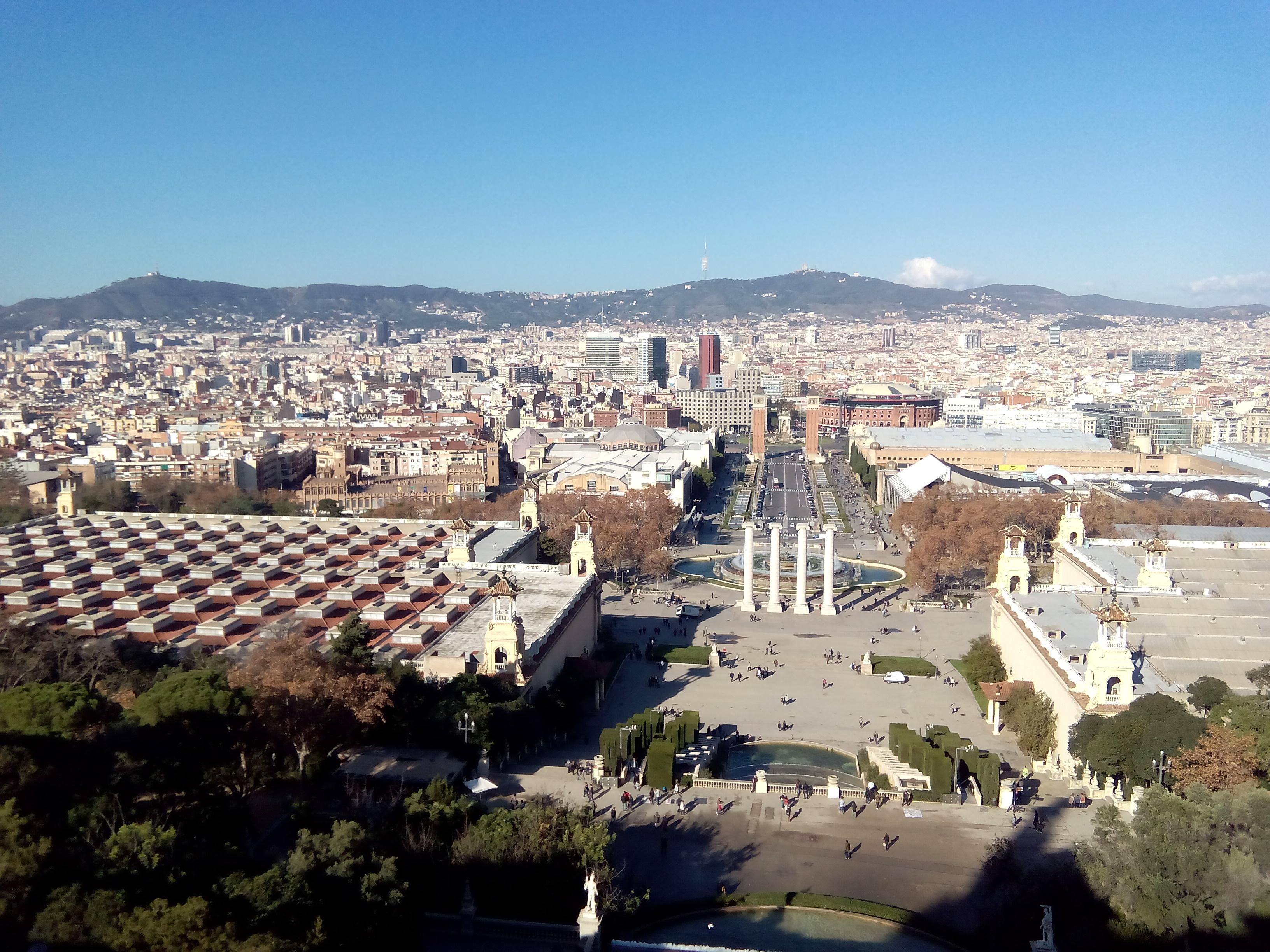 Vista de Barcelona desde Montjuic