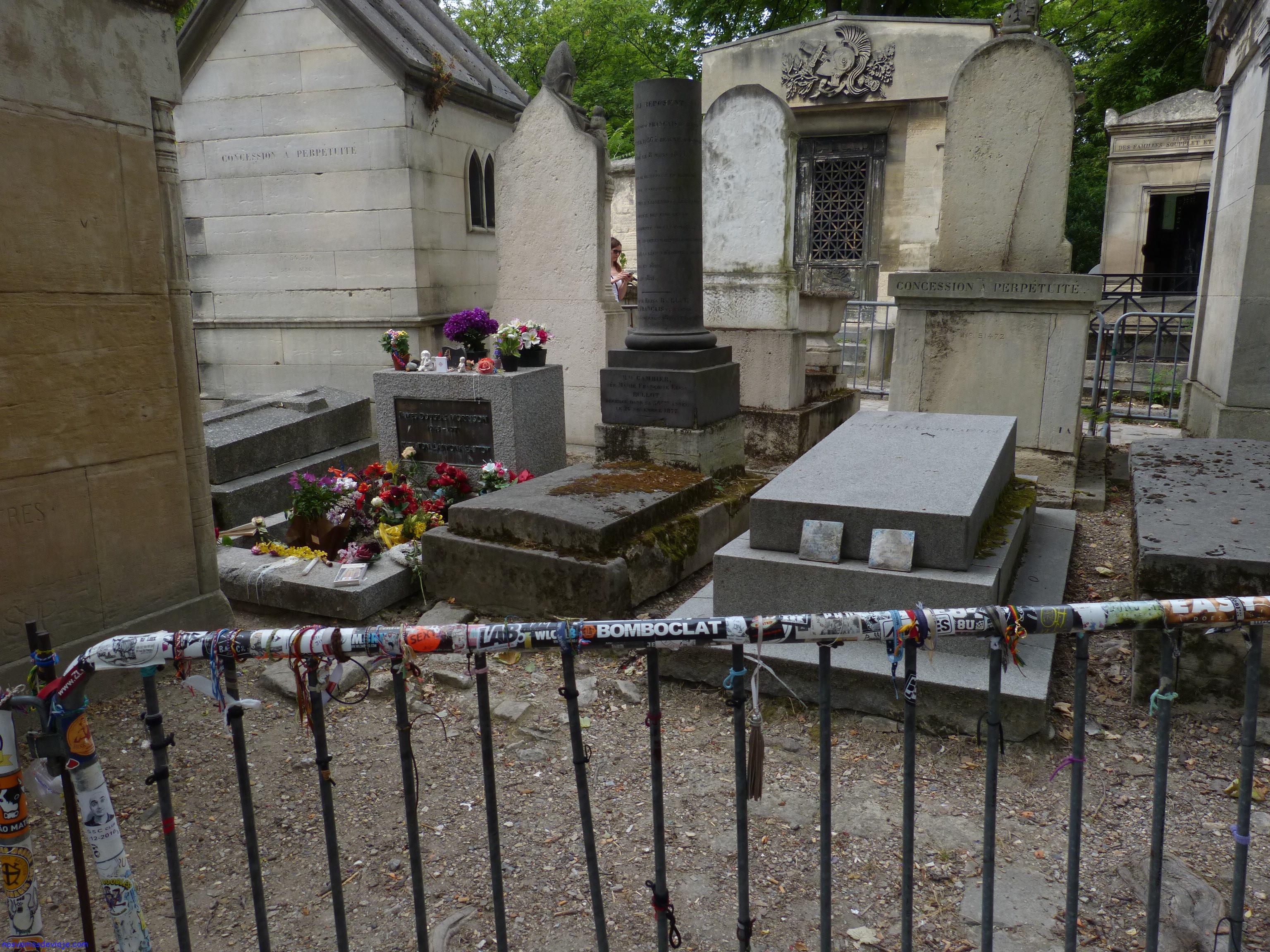 tumba de Jim Morrison