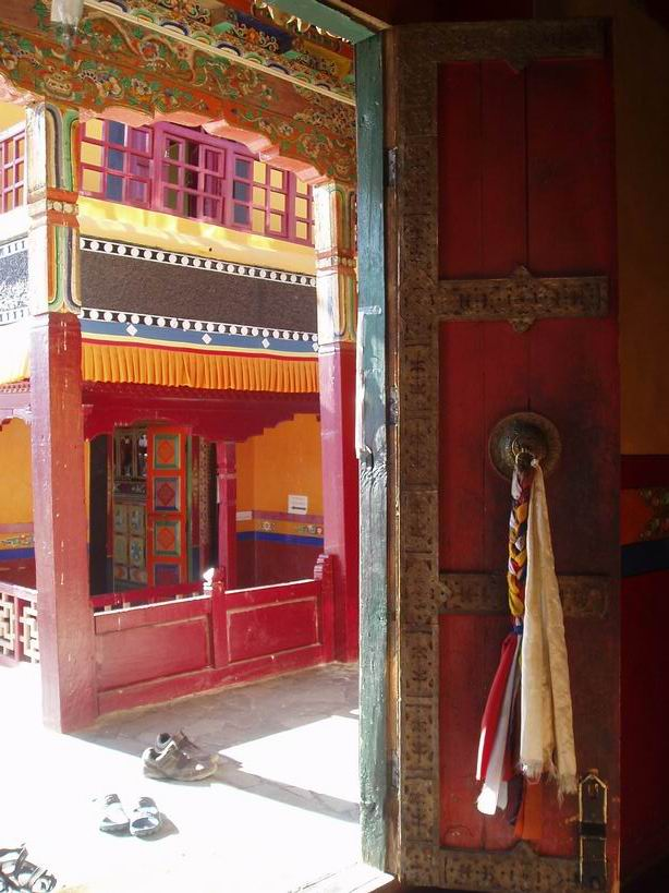 Puertas del monasterio de Thiksey
