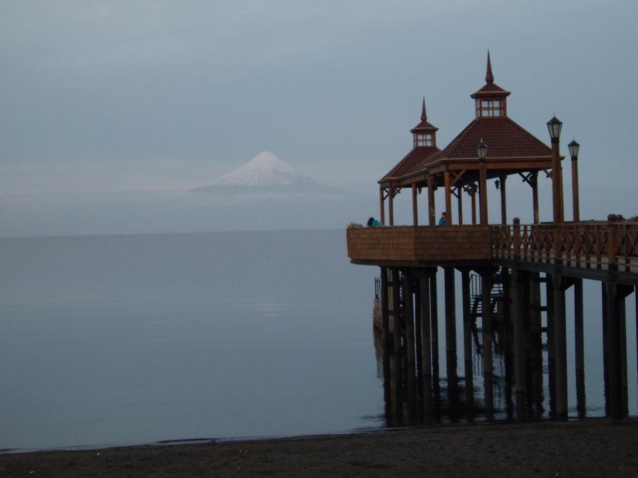Vistas del volvan Osorno, desde Frutillar