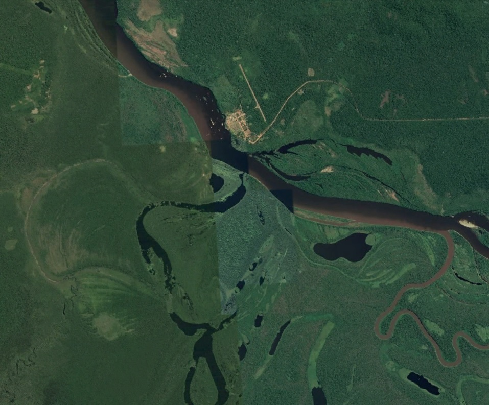 Vista de Google Earth del Fuerte en medio de la selva y el Rio Guapore con meandros